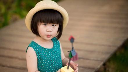 用点心,三岁的孩子也能学会六种语言
