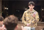 """吴磊、邓伦《我是大侦探》组CP """"吴语伦比""""现场甜蜜牵手惹吐槽"""