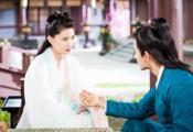 """《明月曾照江东寒》定义""""甜宠武侠"""",蓝曼予演绎高颜值女医"""